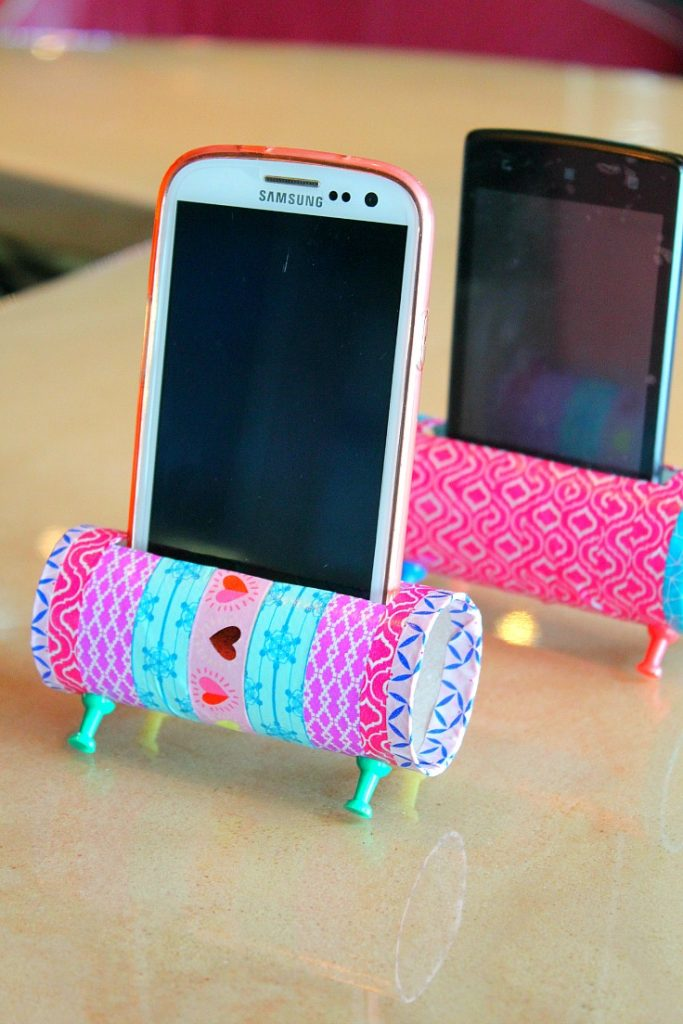 Toilet paper roll crafts Mobile Stand