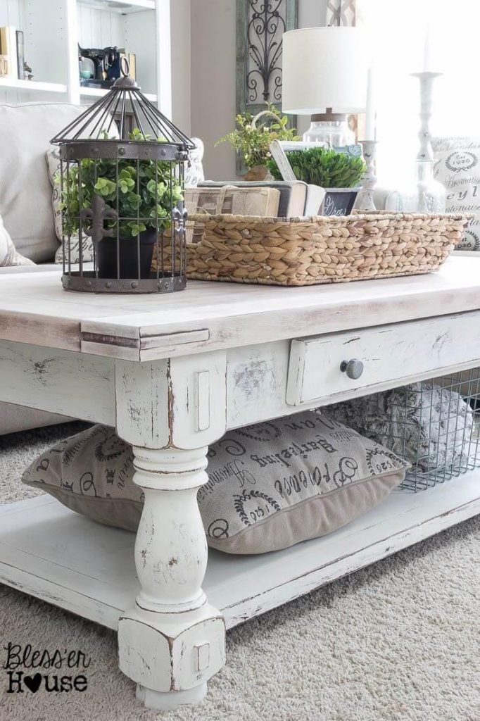 Add Earthy tones to White Coffee Tables