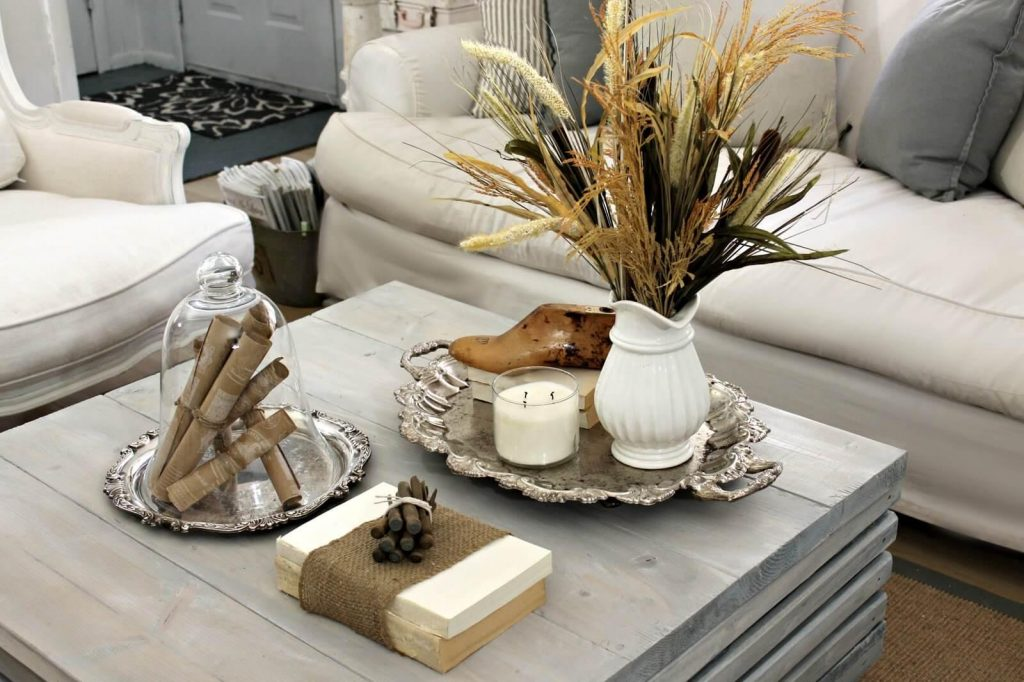 White Natural Display with Complementary Silver Accent